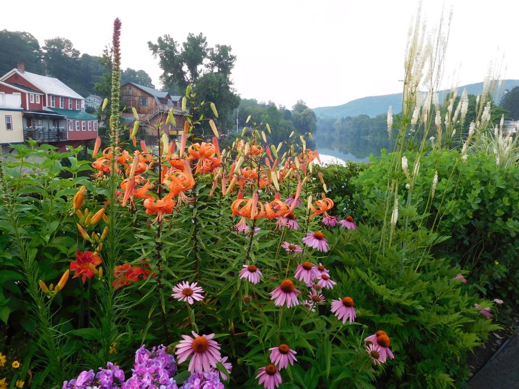 bridge of flowers 2
