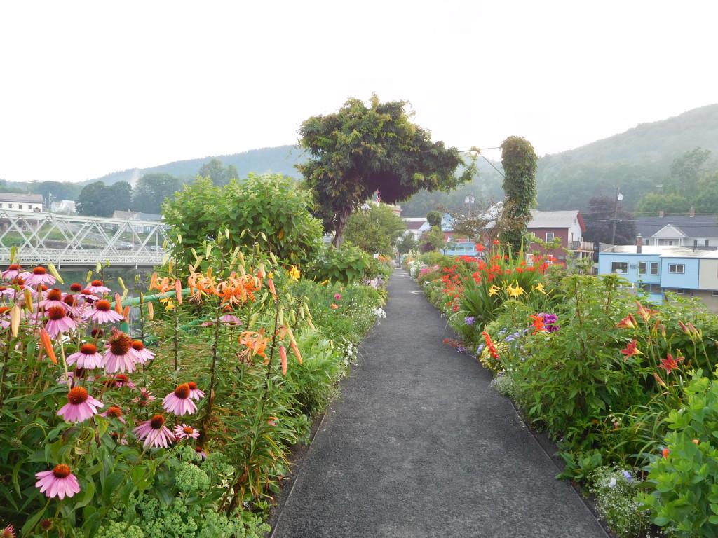 bridge of flowers 7