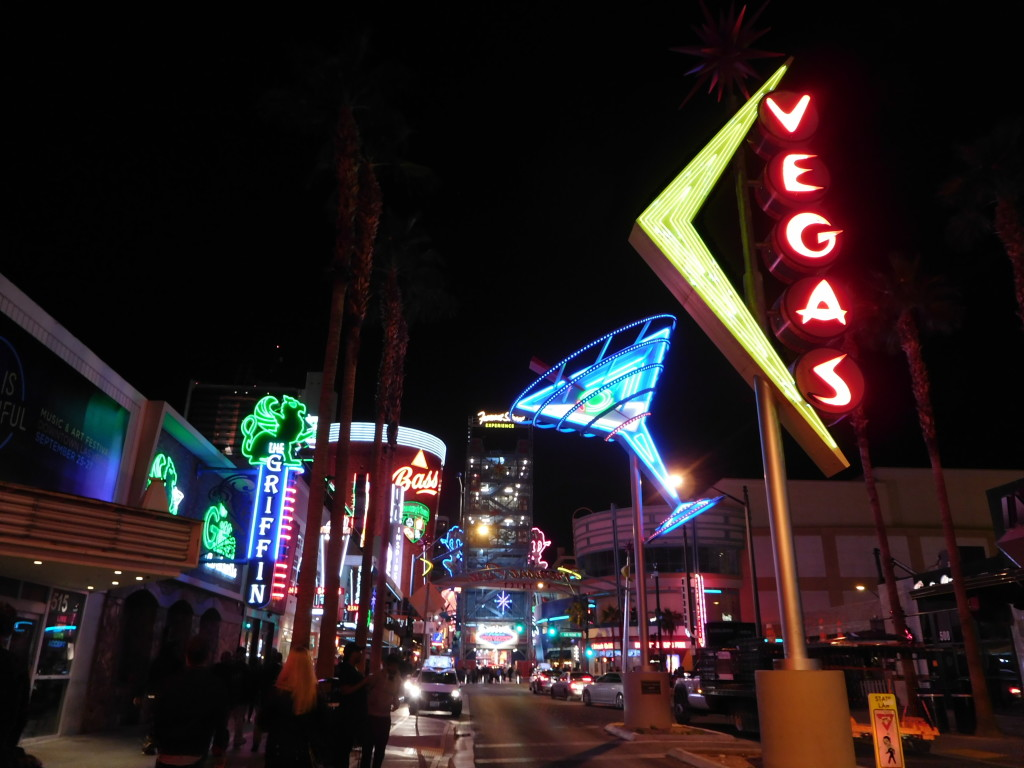 fremont_street_experience_1