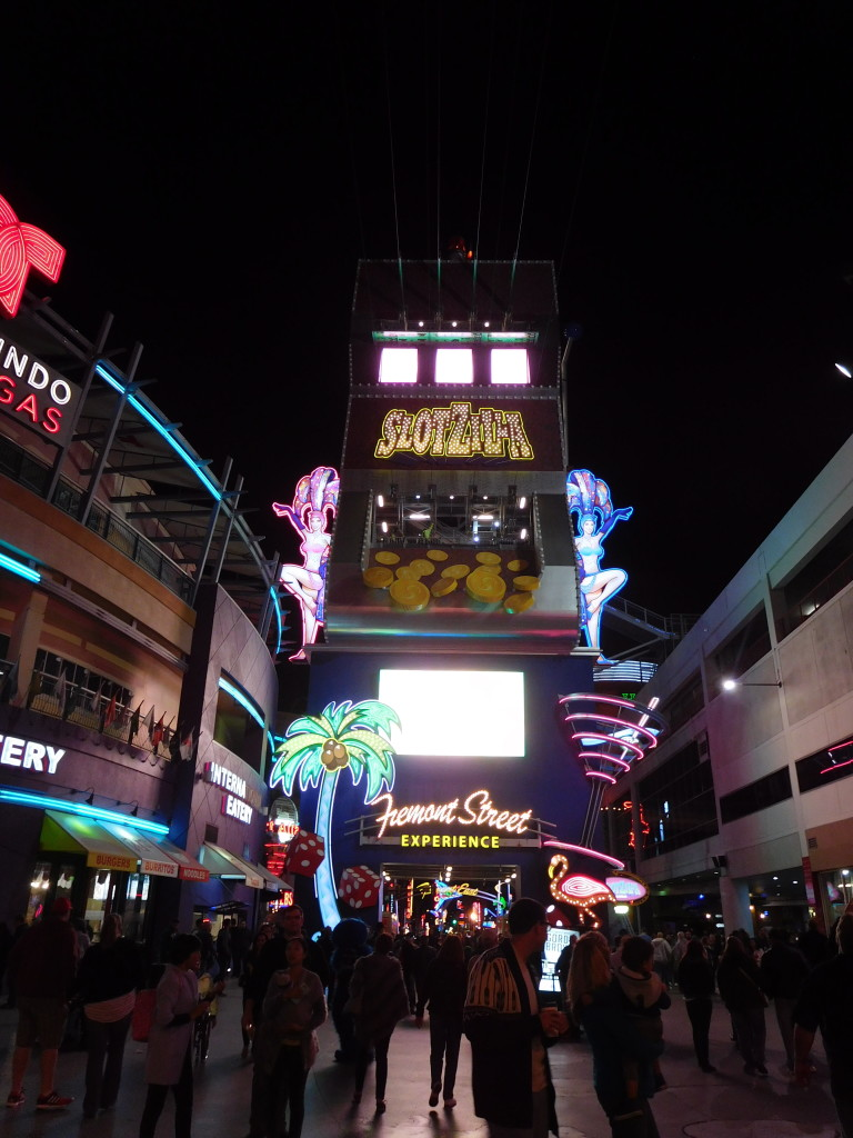 fremont_street_experience_2