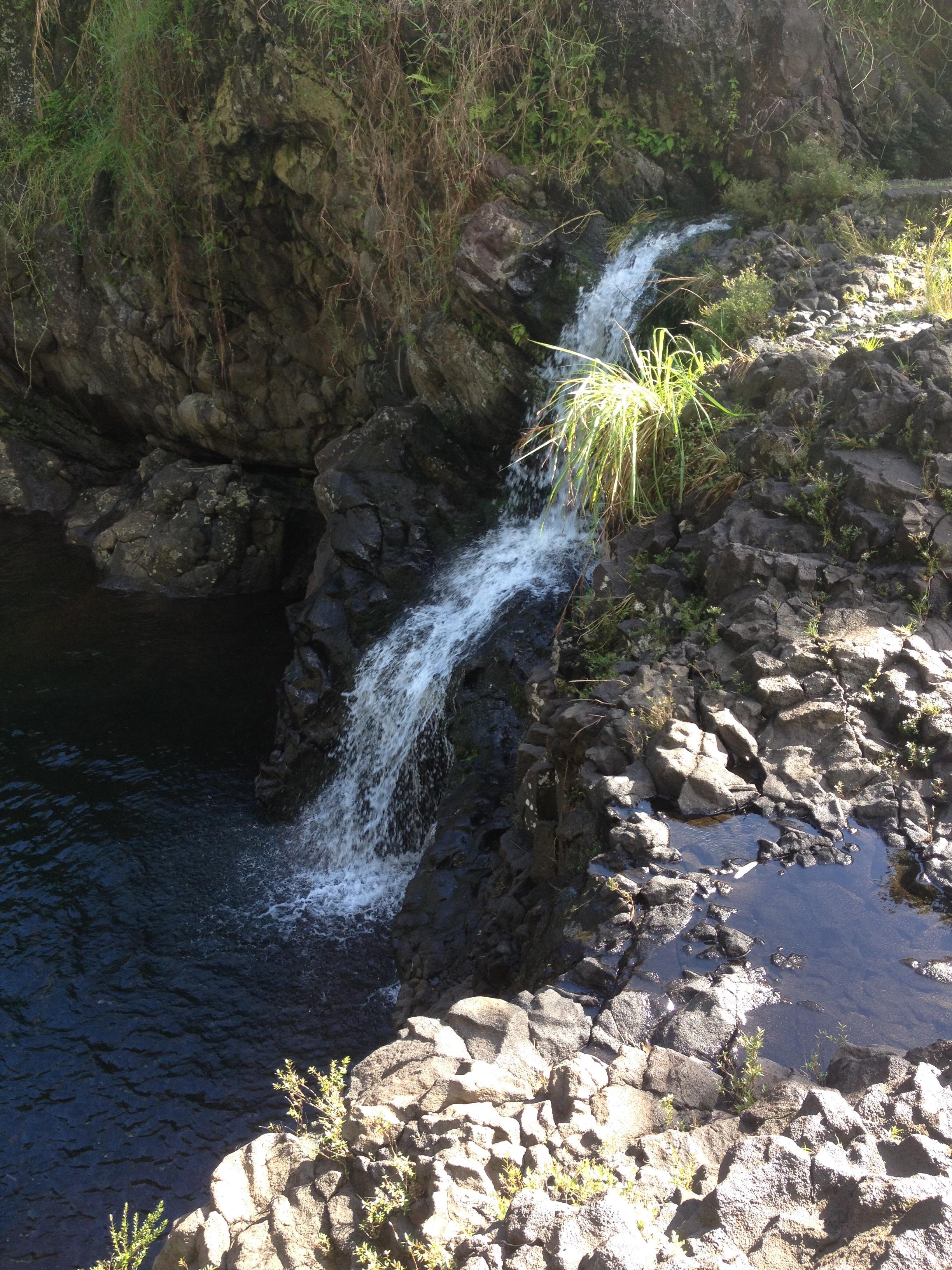 peepee_falls_hawaii