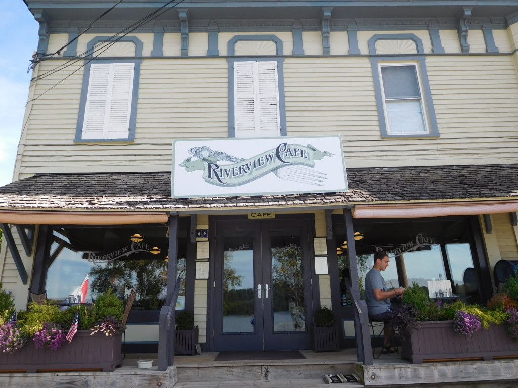riverview_cafe_