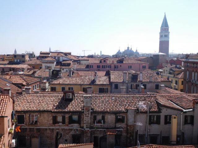 Scala_Contarini_del_Bovolo_venice_2