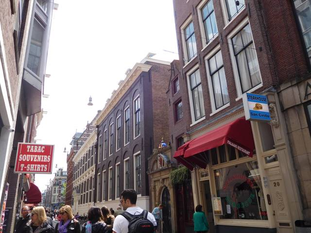 the_smallest_house_amsterdam_2