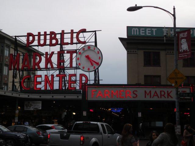 pike_place_market_1