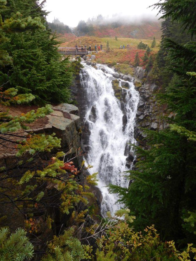 myrtle_falls_mount_rainier_